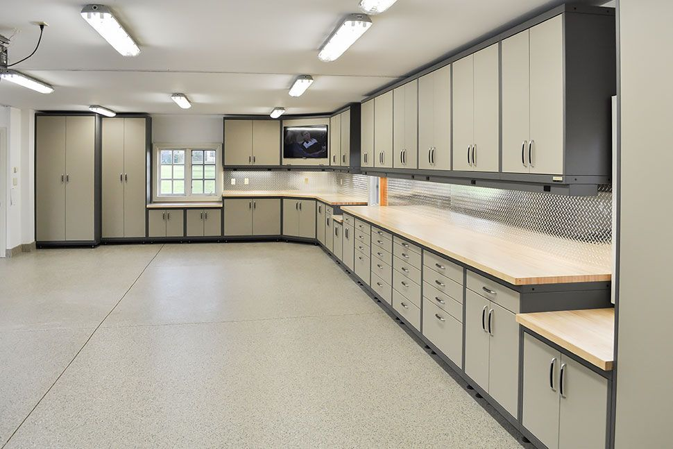 custom garage cabinets in Barrington, IL